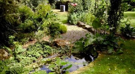 jardins ouverts dans la vall e de la course oukankoi. Black Bedroom Furniture Sets. Home Design Ideas